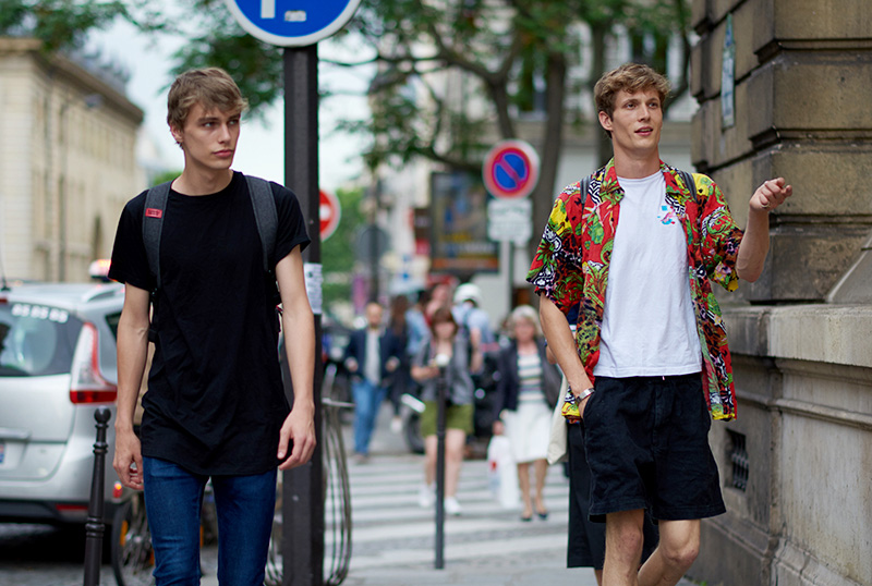 Models-off-Duty_pfw_ss17_fy10