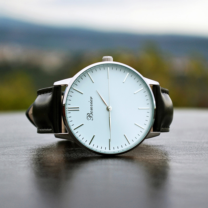 Minimalist-watches-by-Bonvier_fy4