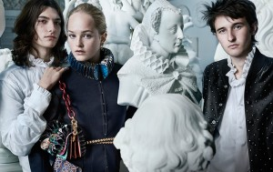 Burberry-reveals-elements-of-the-September-collection_fy1