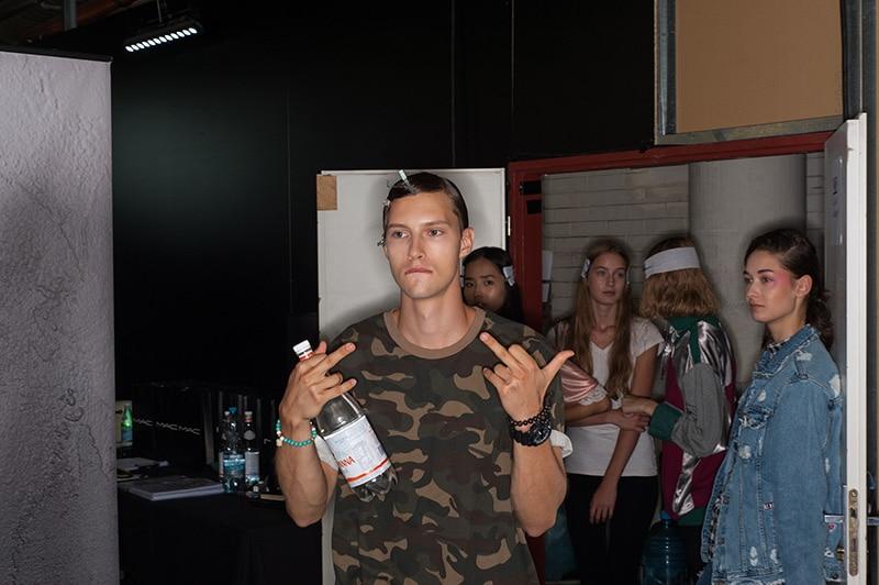 lukas-machacek-ss17-backstage_fy5