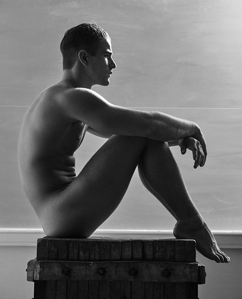 Portraits-Nudes-Flowers_fy8
