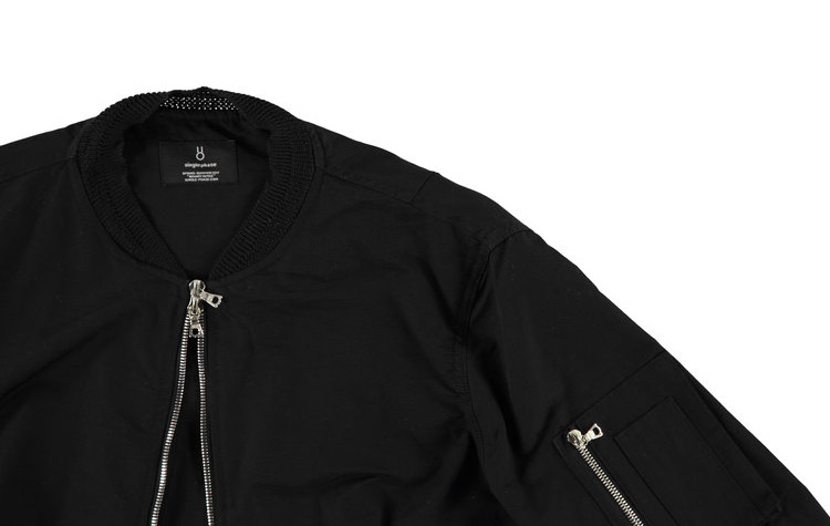 single-phase-black-bomber-jacket_fy3