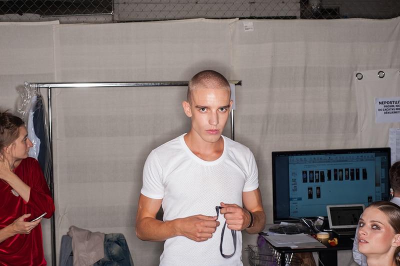 enrik-vibskov-fw16-backstage_fy1