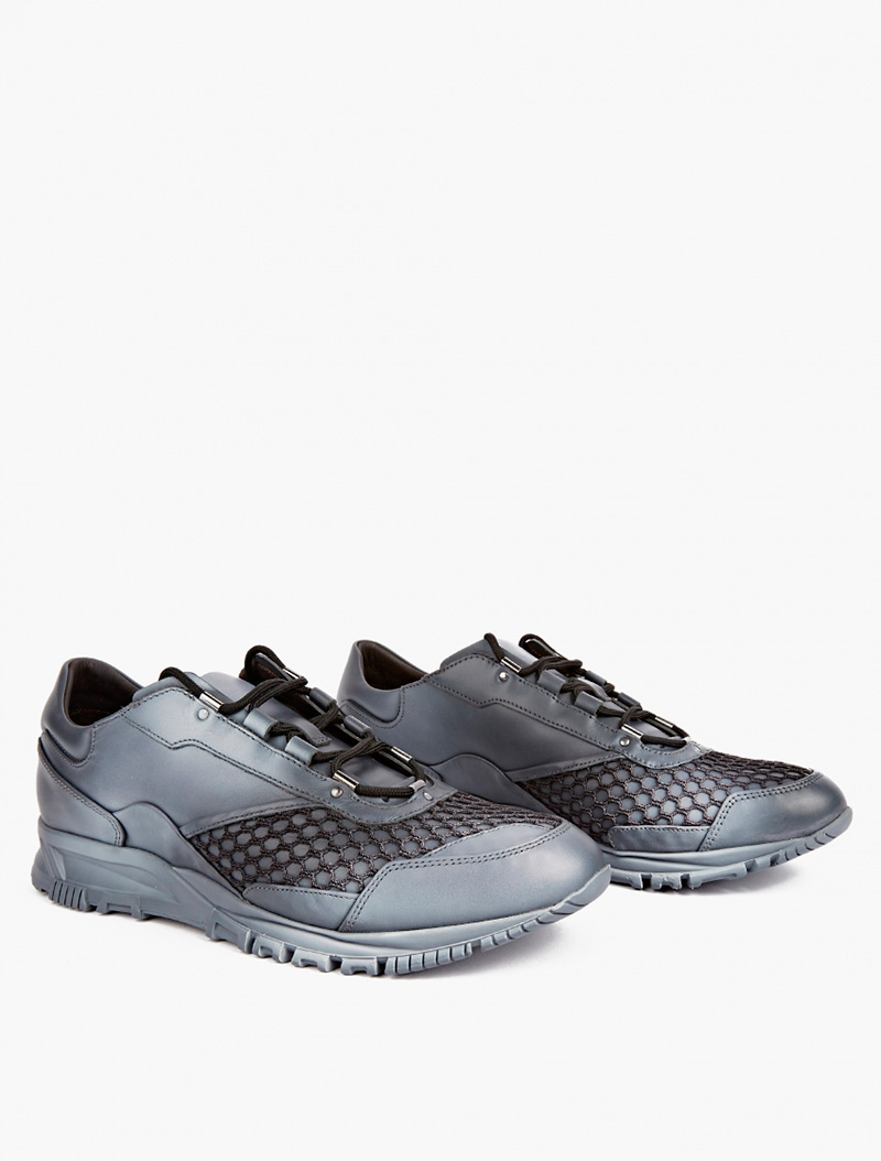 grey-spray-leather-and-mesh-sneakers_fy1