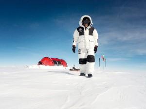 moncler-announces-antarctica-2016_fy0