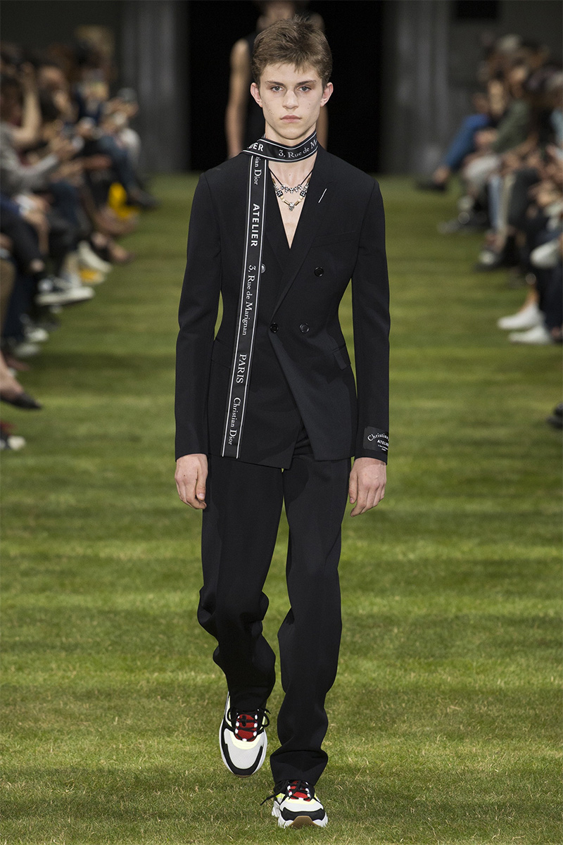 c7aa78af8a7a Dior Homme Spring Summer 2018 - Fucking Young!